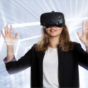 Bachelor Studium Virtual Reality Management